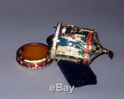 2001 Estee Lauder BEAUTIFUL CIRCUS TENT Solid Perfume Compact