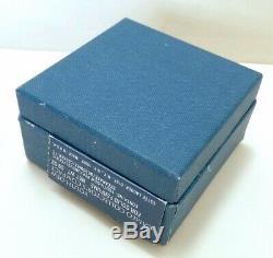 ESTEE LAUDER 1978 CAMEO COLLECTORS COMPACT SOLID PERFUME in Orig. BOX VINTAGE