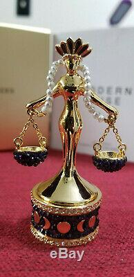 EXCLUSIVE! New 2019 Estee Lauder Solid Perfume Compact Lady Justice MIBB