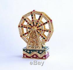 Estee Lauder 2000 Pleasures collectible Ferris Wheel Compact with solid perfume