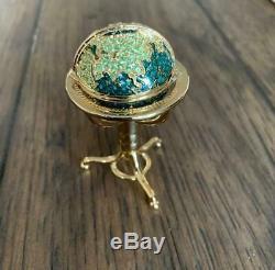 Estee Lauder 2001 Globe Perfume Compact Empty