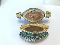 Estee Lauder 2004 Solid perfume compact MIBB TULIP QUARTET by JAY STRONGWATER