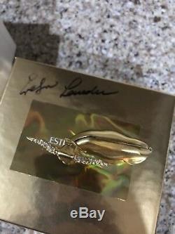 Estee Lauder Beautiful 2000 Longhorn Solid Perfume Compact Evelyn Lauder Auto