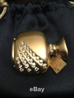 Estee Lauder Beautiful Romantic Moments Compact for Solid Perfume 2005 NIB