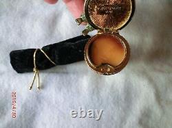 Estee Lauder Birdbath Solid Perfume Compact Mib Pleasures 2001
