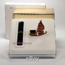 Estee Lauder CHINESE JUNK Compact for Solid Perfume 2003 New with all the Boxes