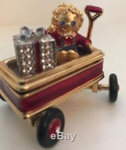 Estee Lauder Christmas Wagon Solid Perfume Compact 1999 Rare and Hard to Find