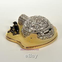Estee Lauder FROSTED IGLOO Compact for Solid Perfume 2002 Wiht all the Boxes