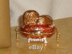 Estee Lauder PAMPERED PEKINESE Dog Solid Perfume Compact Pleasures 2005