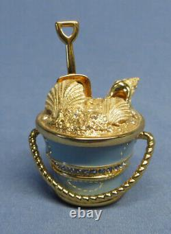 Estee Lauder Palm Beach Treasure Pail Solid Perfume Compact Excellent Condition
