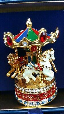 Estee Lauder Pleasures Carousel Compact withbeautiful Swavorski Crystals New Box