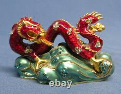 Estee Lauder Red Lucky Asian Dragon Solid Perfume Compact EXC. No Stones Missing