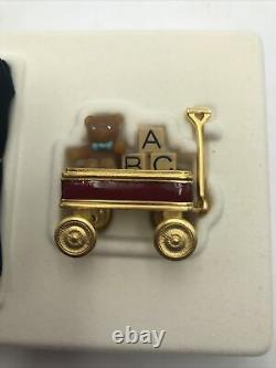 Estee Lauder TOY WAGON Solid Perfume Compact PLEASURES Fragrance withBox