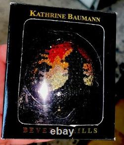 KATHRINE BAUMANN ESTEE LAUDER Swarovski Crystal ASIAN PAGODA POWDER COMPACT