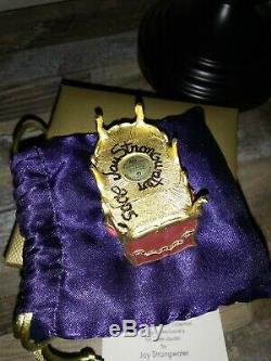 NIB Estee Lauder Solid Perfume Signed Compact Regal Kitty Cat Beyond Paradise