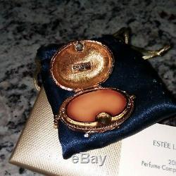 NIB New Estee Lauder Solid Perfume Compact Pleasures 2005 Dog Pampered Pekinese