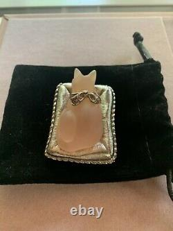 Rare and collectable vintage Estee Lauder The Cats Meow perfume compact