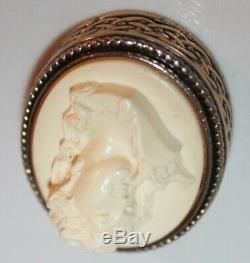 Vintage Estee Lauder Rare 1983 White Christmas Cameo Perfume Compact Gorgeous