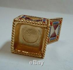 Vtg Estee Lauder White Linen Jack-in-the-Box Solid Perfume Compact