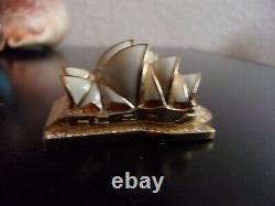 2006 Estee Lauder Linge Blanc Sydney Opera House Solide Parfum Compact Avec Pouch