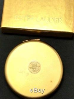 Estee Lauder Édition Limitée Leo Zociac Compact Dans Sa Boîte D'origine / Inutilisé