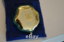Estee Lauder Jeweled Coccinelle Sur Une Feuille Poudre Compacte