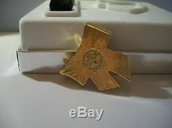 Estee Lauder Parfum Compact 2003 Glorious Bow Flag Mib