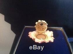 Estee Lauder Romantique Fleur Compacte Pour Parfum Solide 2010 Nouveau Dans La Boîte