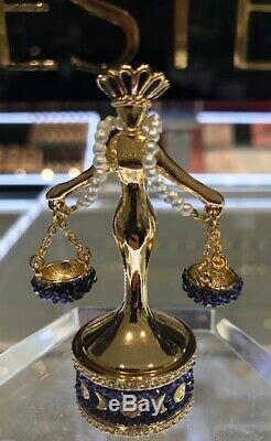 Exclusif! Nouveau 2019 Estee Lauder Parfum Solide Compact Lady Justice Mibb