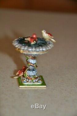Jay Strongwater Estee Lauder Compacte Precious Bird Figurine Birdbath - Boîte En Émail